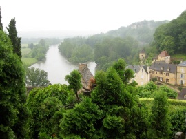 Misty morning, overlooking the Dordogne from Beynac JPG