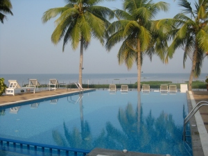 Pool overlooking the Backwaters in Kerala